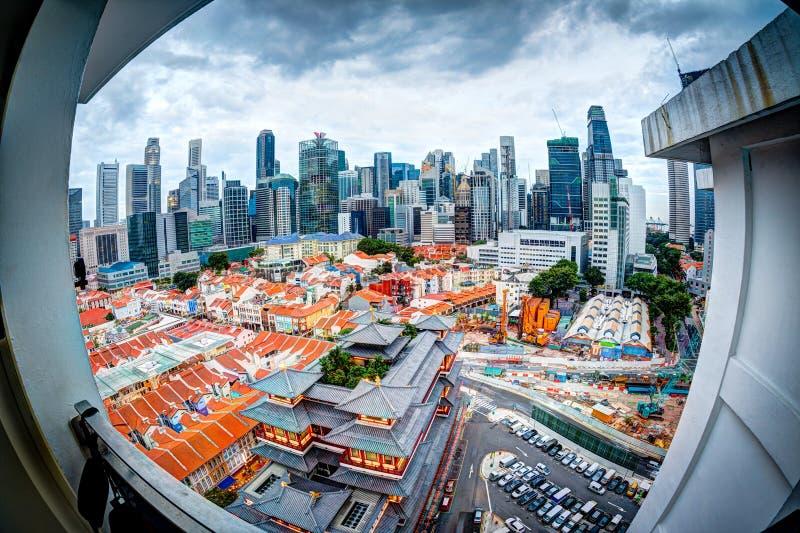 Ideia de Fisheye da skyline de Singapura no bairro chinês fotos de stock royalty free