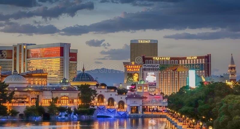 Ideia de um por do sol na skyline de Las Vegas imagem de stock royalty free