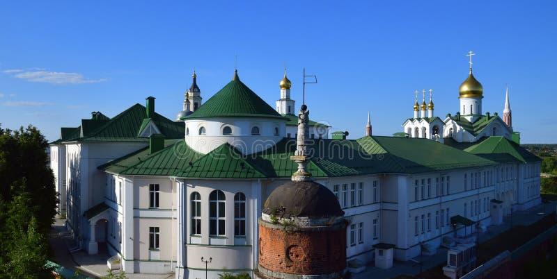 a ideia do esmagamento Staro Golutvin equipa o monastério em Kolomna, Rússia fotos de stock royalty free