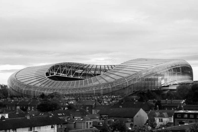 Ideia do estádio de Aviva na cidade de Dublin imagens de stock royalty free