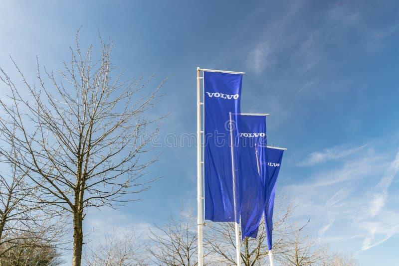 Ideia do logotipo do tipo de Volvo nas bandeiras imagens de stock
