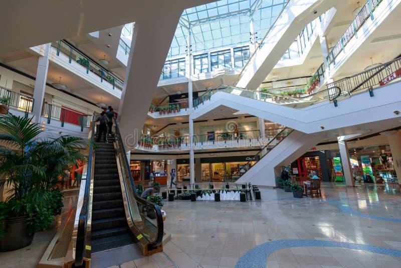 A ideia do lugar pioneiro, shopping, em Portland do centro foto de stock