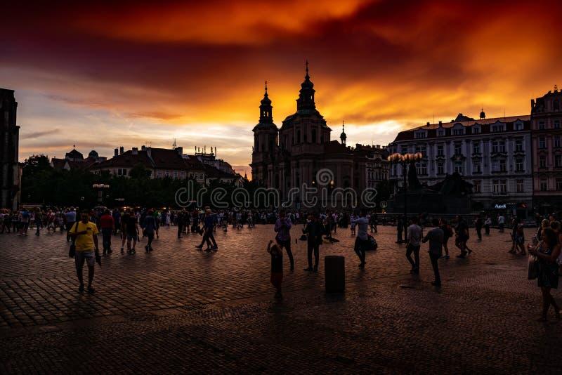 Ideia do por do sol em Praga imagens de stock