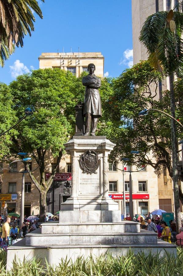 Ideia do squarein Medellin de Berrio, Colômbia imagem de stock