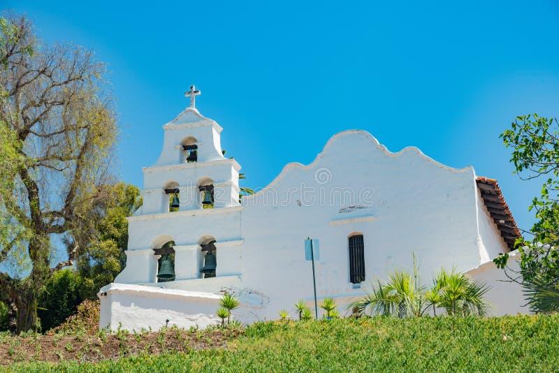 Ideia exterior da missão histórica San Diego de Alcala fotografia de stock royalty free