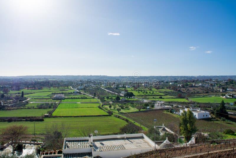 A ideia horizontal da paisagem do campo do Murge viu fotografia de stock royalty free