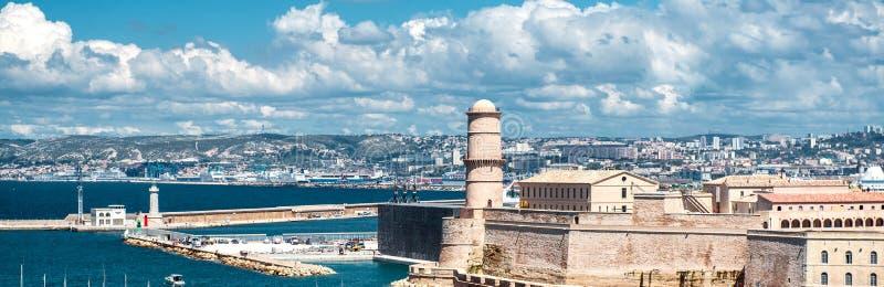 Ideia horizontal da São Nicolau do forte em Marselha, França foto de stock