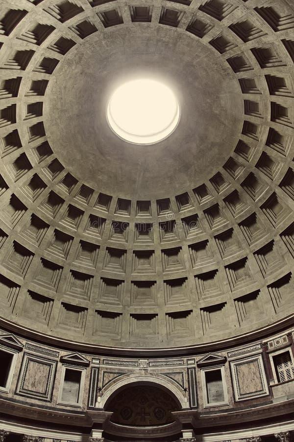 Ideia interior do panteão em Roma, Itália fotografia de stock royalty free