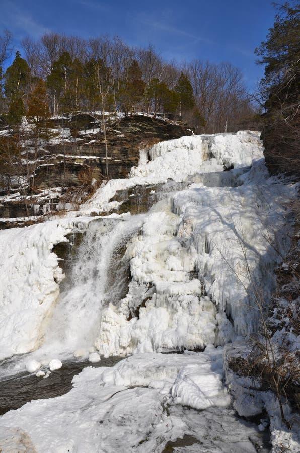 Ideia lateral congelada de Hector Falls das quedas fotos de stock