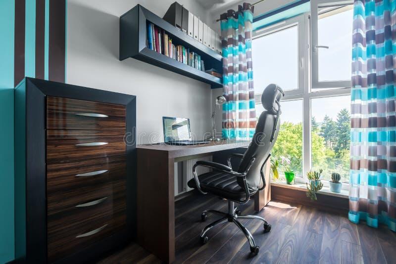 Ideia nova para seu escritório domiciliário! imagem de stock royalty free