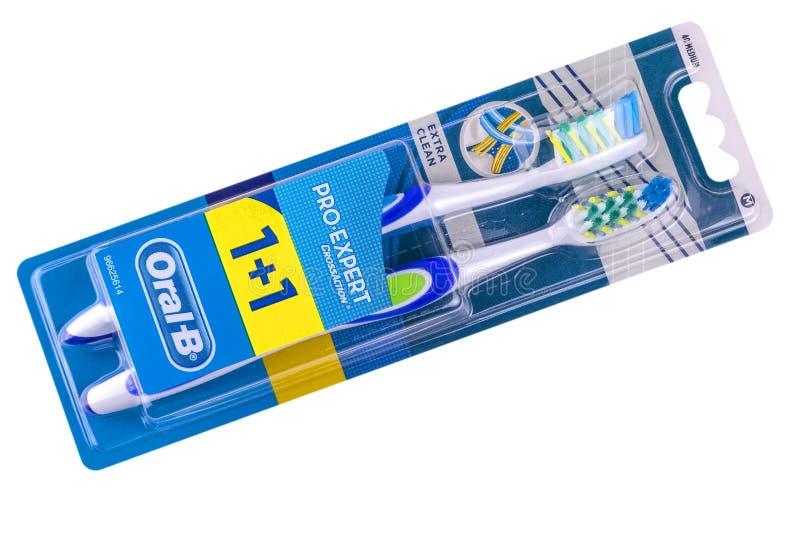 Ideia superior do empacotamento branco oral-b da escova de dentes 3D isolado no fundo branco foto de stock