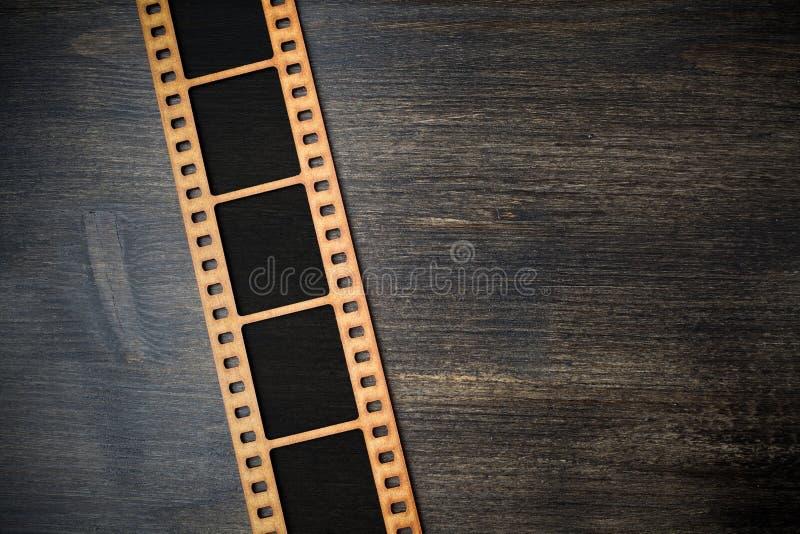 Ideia superior do quadro imediato da foto no fundo de madeira Vista superior fotografia de stock