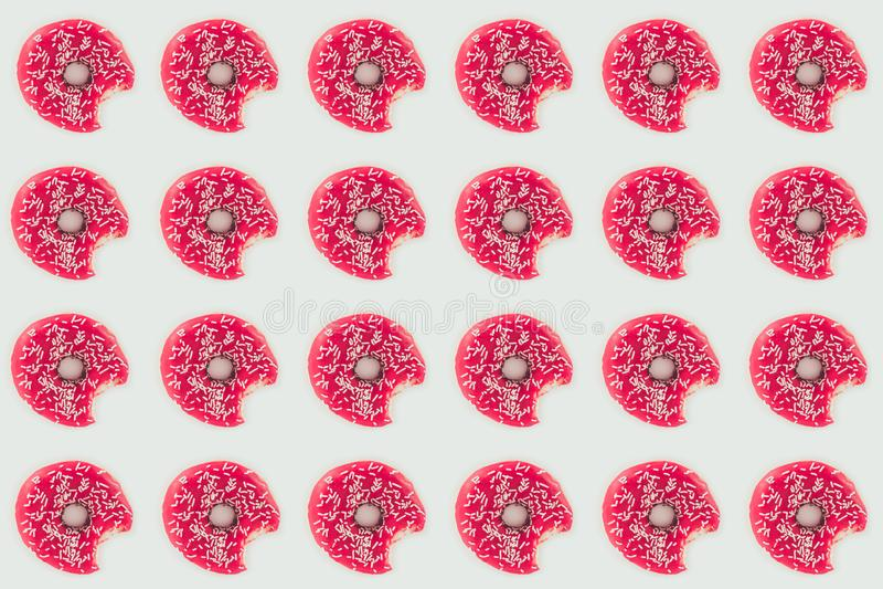 ideia superior do teste padrão sem emenda mordido das filhóses cor-de-rosa ilustração stock