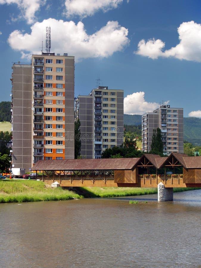 Ponte e planos da colunata em Bysterec fotografia de stock