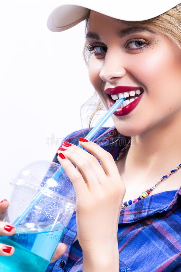 Ideias da juventude do estilo de vida Retrato de louro caucasiano de sorriso 'sexy' fotos de stock