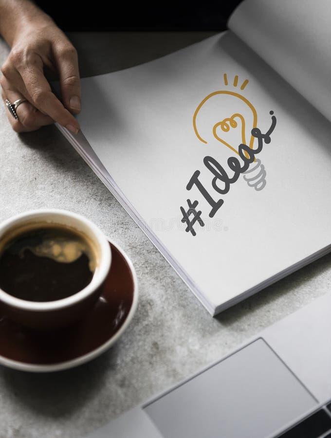 Ideias do hashtag da palavra em um livro imagem de stock