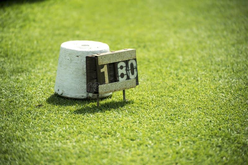 Identificateur de lecteur dans la cour de golf photo libre de droits