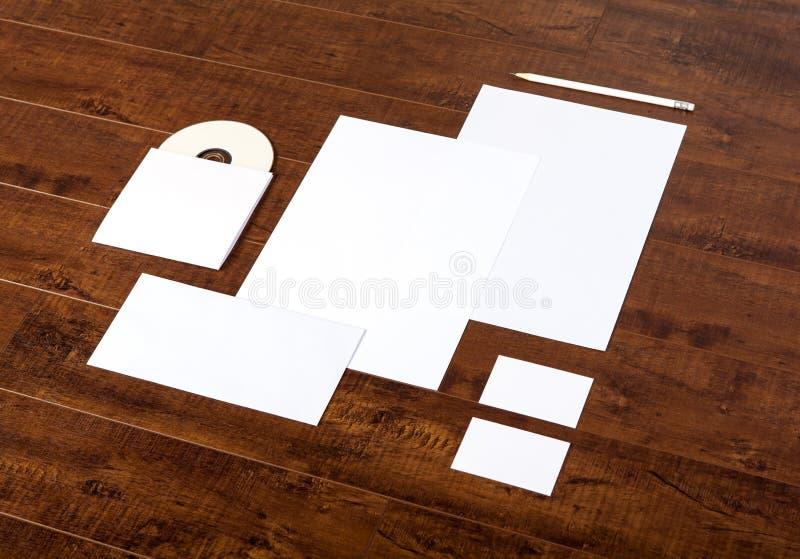 Identité de marquage à chaud maquette stationnaire images libres de droits