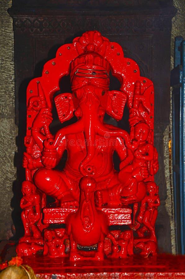 Idol von Lord Ganesha, Nageshwar-Tempel, Pune, Maharashtra lizenzfreie stockfotografie