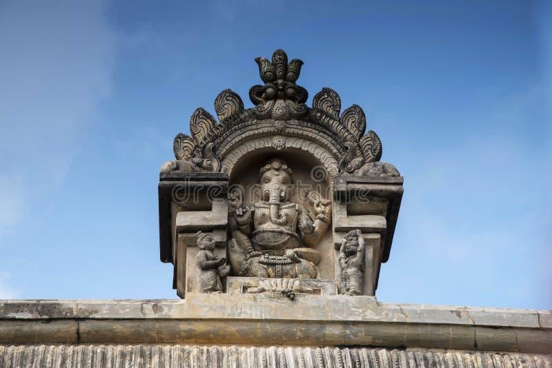 Idole découpé de Lord Ganapati sur le Gopuram du temple de Shiva, Gangaikonda Cholapuram, Tamil Nadu image stock