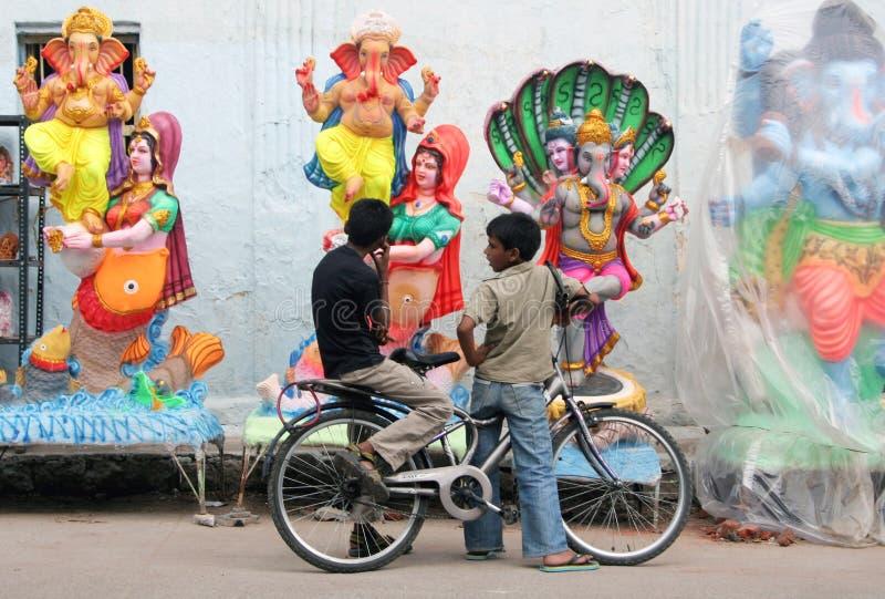 Idoles de Ganesh à vendre pendant festval indou photo stock