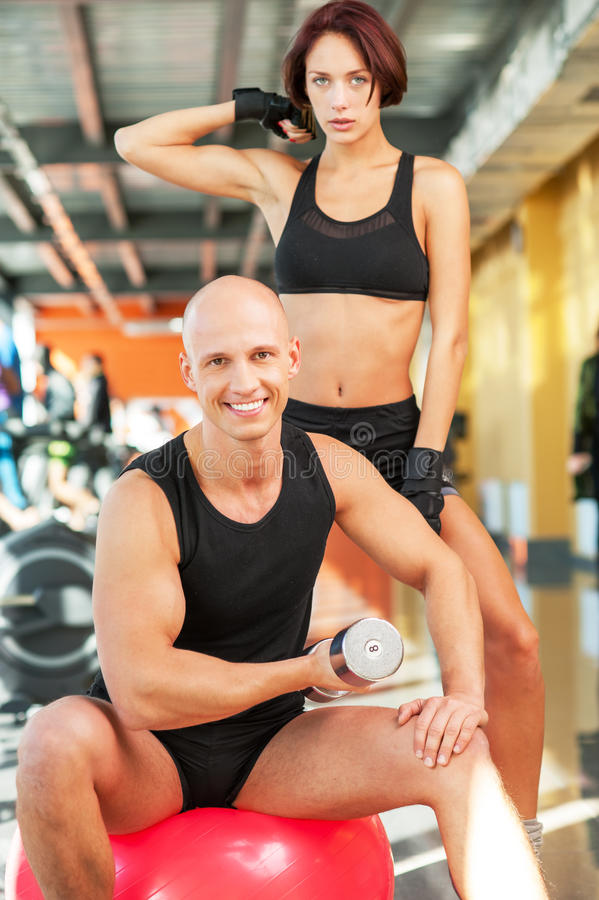 Idrotts- man och kvinna för konditionövning royaltyfri bild