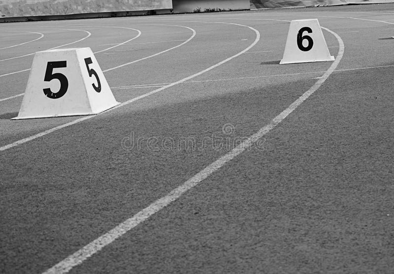 idrotts- spår arkivfoto