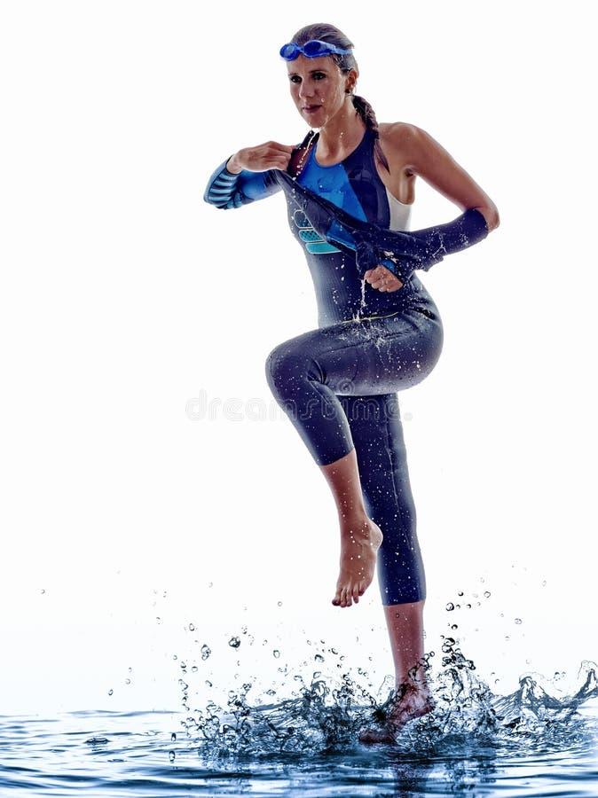 Idrottsman nen för simmare för kvinnatriathlonironman arkivfoton