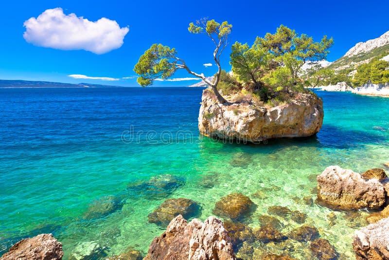 idyllic-islet-punta-rata-beach-brela-mak