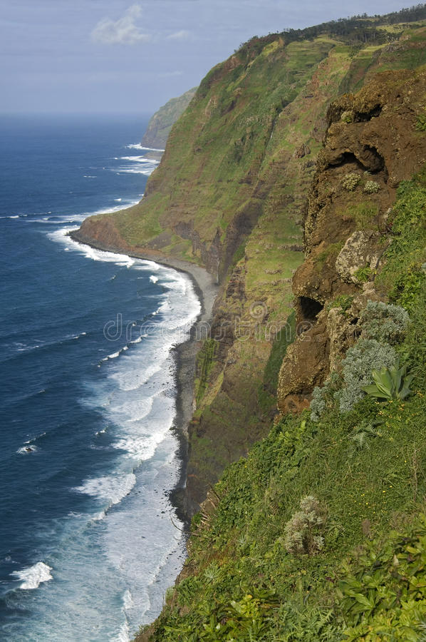 Download Idyllic Landscape With Ocean, Surf, Mountains Stock Photo - Image: 35877658
