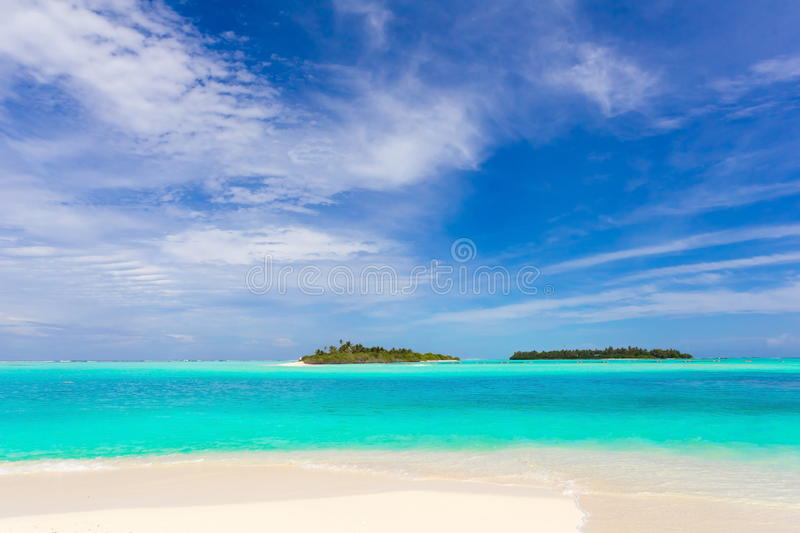 Download Idyllic Tropical Beach Stock Images - Image: 16587194
