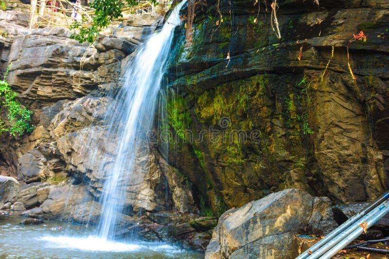 Idyllic Waterfall, Jatmai, Raipur, Chhattisgarh royaltyfria foton