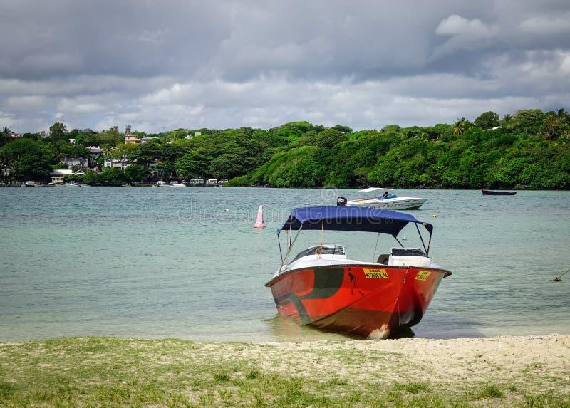 Idylliczna tropikalna morza i turkusu woda fotografia royalty free