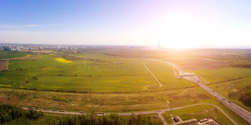 Idylliczny antena krajobraz przy wejściem Świątobliwy Petersburg, Rosja obrazy royalty free