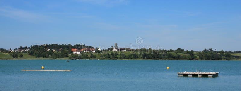 Idylliczny lato krajobraz w Zurich kantonie fotografia stock