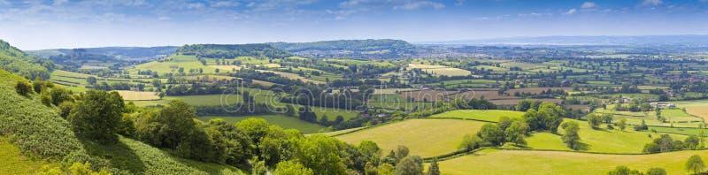 Idylliczny wiejski krajobraz, Cotswolds UK zdjęcia royalty free