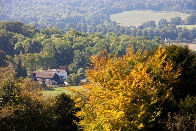 Idyllische mening van Engels platteland in de herfst royalty-vrije stock afbeelding