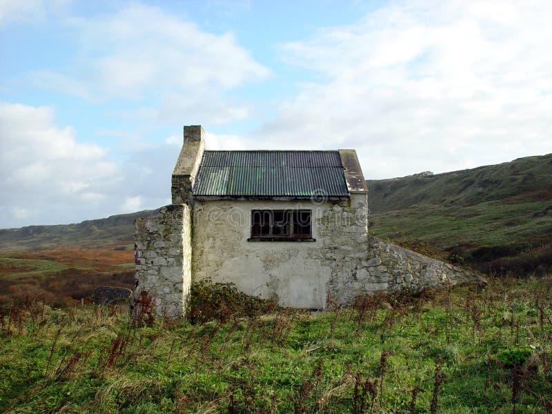 Iers plattelandshuisje stock afbeeldingen