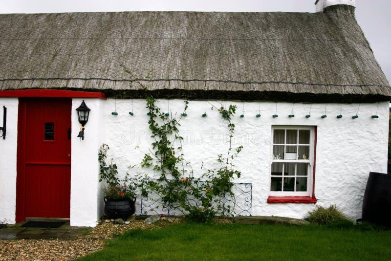 Iers plattelandshuisje royalty-vrije stock fotografie
