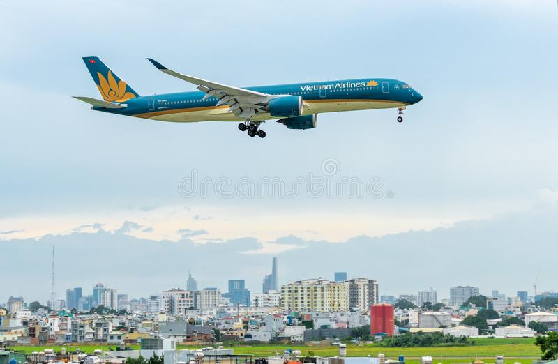 Ietnam airline boeing 787 landing at Tan Son Nhat International Airport. Ho Chi Minh City, Vietnam - July 29th, 2018: Vietnam airline boeing 787 landing at Tan stock photo