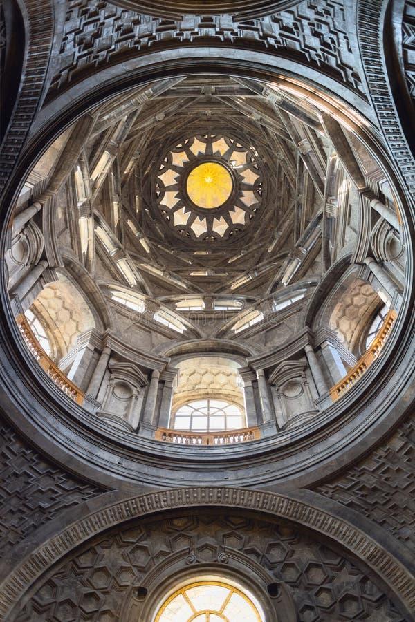 Iew van de heilige die sluierkapel binnen de kathedraal van Turijn, in 2018 wordt hersteld royalty-vrije stock fotografie