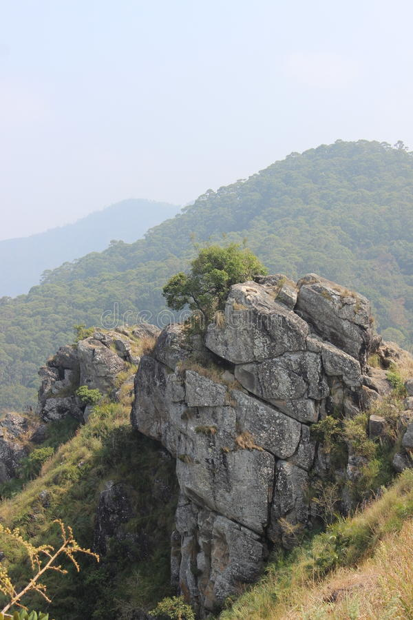 Igła widoku Rockowy punkt, Gudalur, Nilgiris, Tamilnadu, Coimbatore obraz royalty free