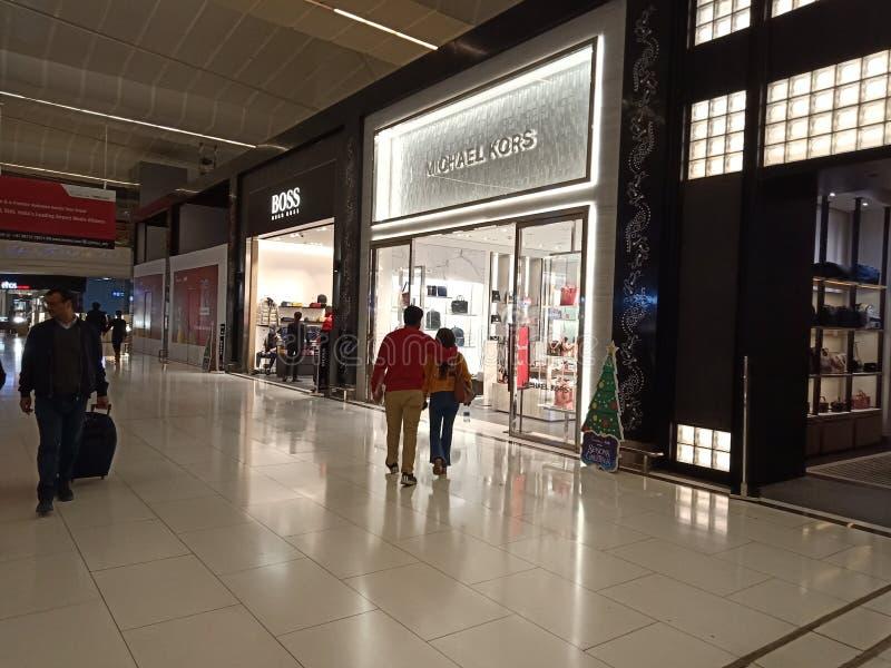 IGI机场,新德里-免税商店 免版税图库摄影