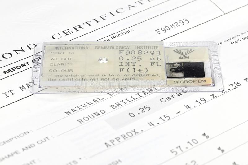 IGI certificou 0 diamante cortado brilhante de 25 ct imagem de stock royalty free