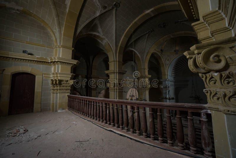 Iglesia abandonada en alguna parte en España fotografía de archivo libre de regalías