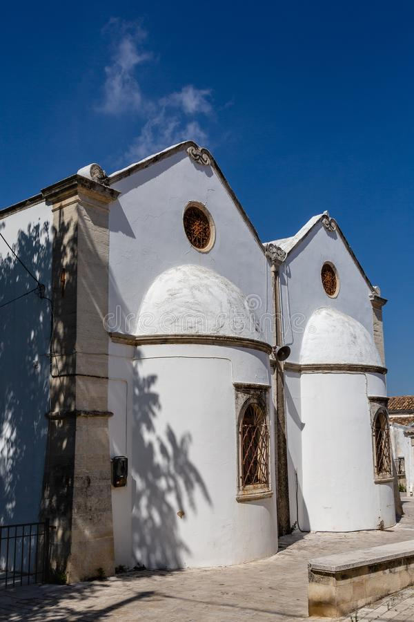 Iglesia Agios Nikolaos en Archanes, Creta, Grecia foto de archivo
