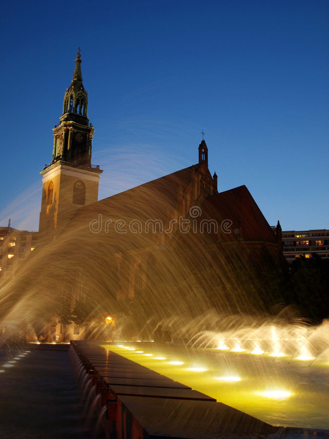 Iglesia Alexanderplace Berlín del St. Marien foto de archivo libre de regalías