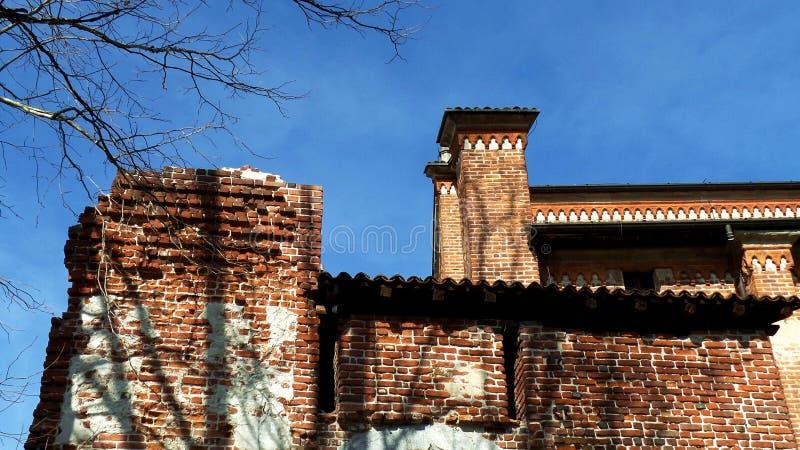 Iglesia antigua de Collegiata Pueblo de Medioeval Castiglione Olona Italia imagen de archivo libre de regalías