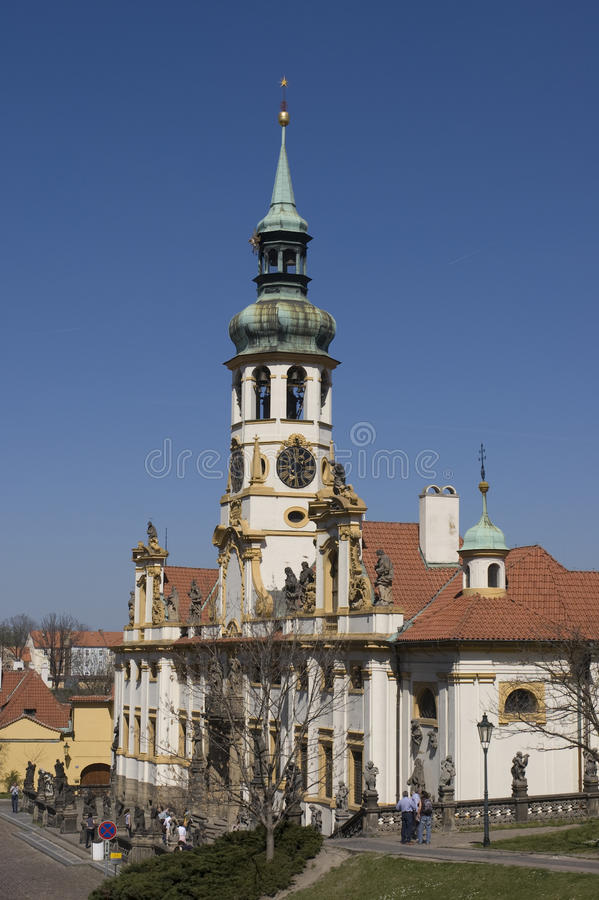 Iglesia barroca Loreta, Praga, República Checa foto de archivo
