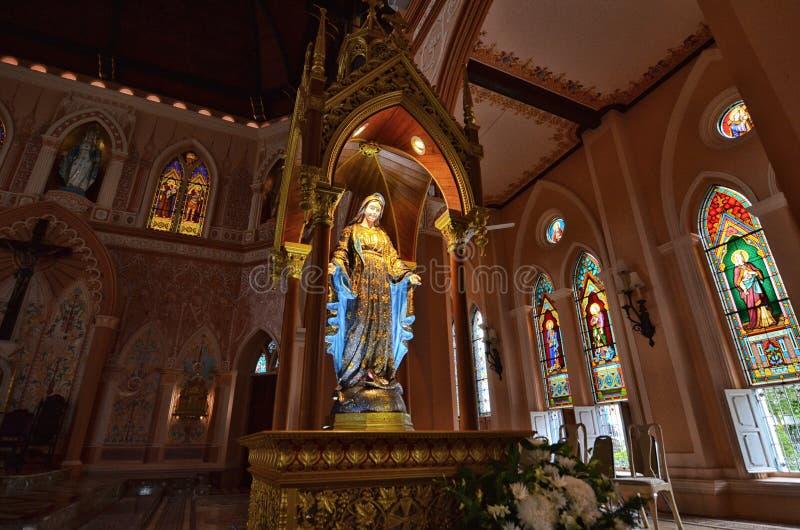 Iglesia católica de la edad avanzada en Tailandia foto de archivo